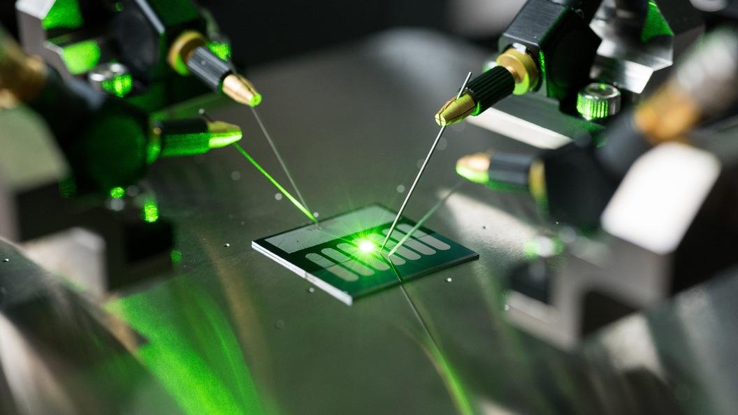 Антенна-выпрямитель преобразует свет в постоянный ток