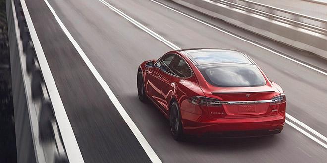 Новостной Дайджест: рекорд пробега Tesla
